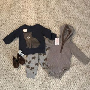 NWT- Carter's 3 Piece Outfit + Shoes 6m